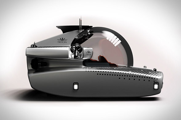 Triton 3300/6  Luxurious Deep-Sea Submarine