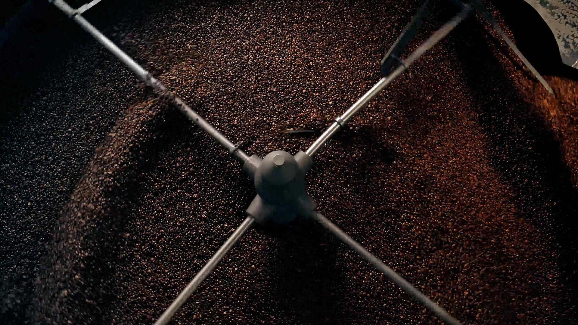 PEET'S COFFEE ROASTED BY HAND