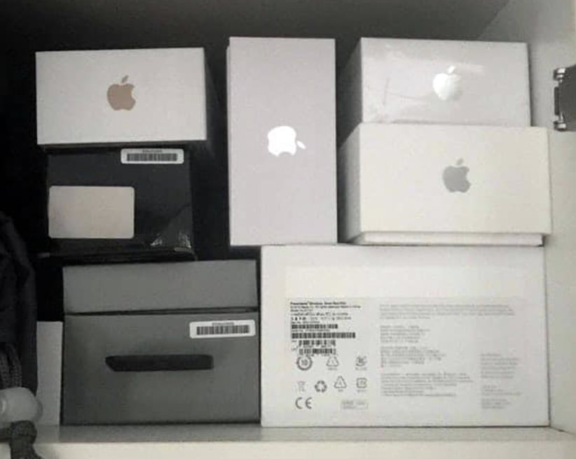 apple boxes
