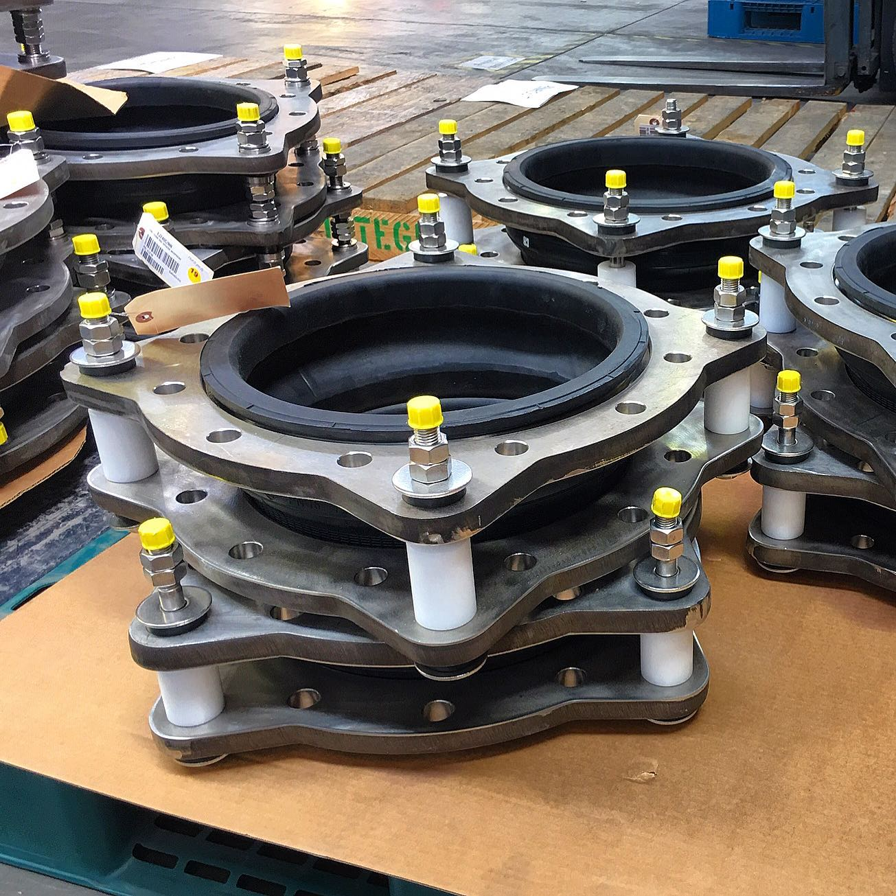 Tied Rubber Bellows