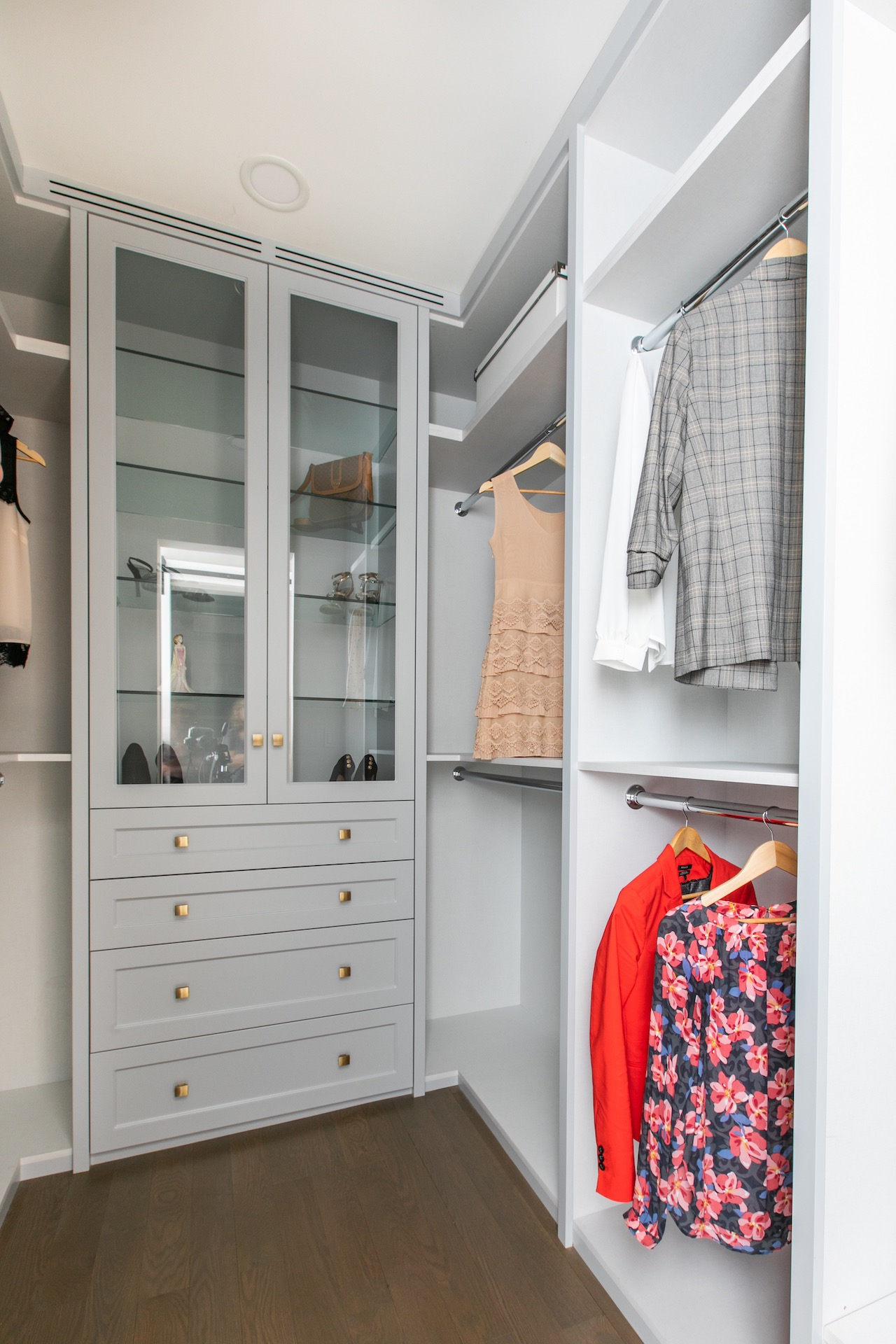 NIICO Wardrobe with glass doors