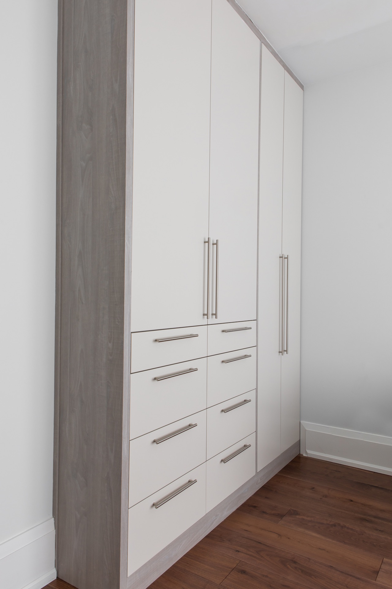 closed white cabinet doors