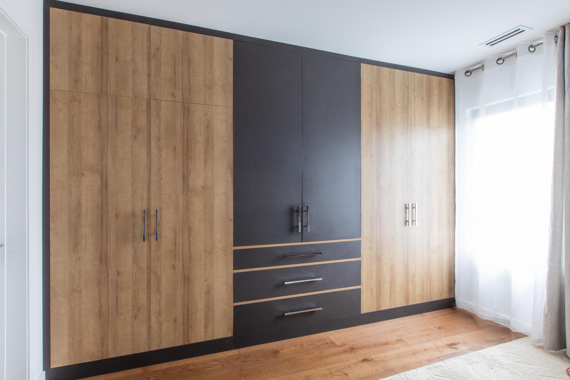 modern wood wardrobe