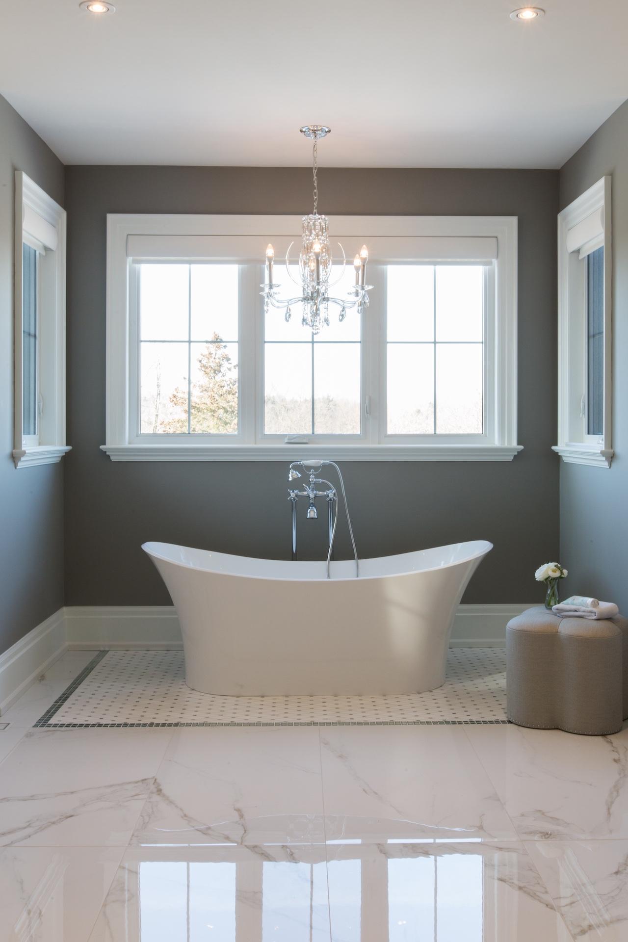 white tub under light