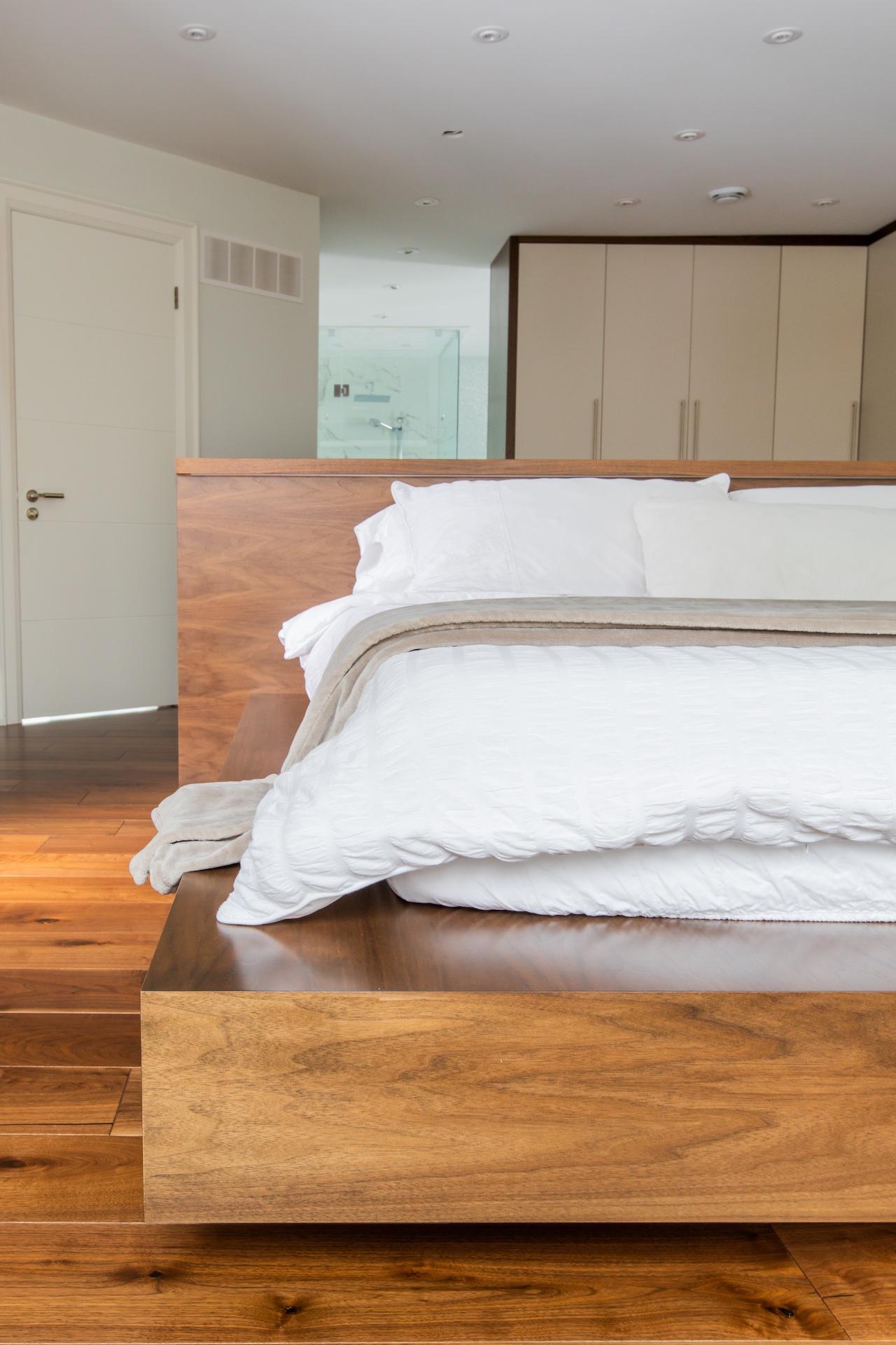 Wood bedframe