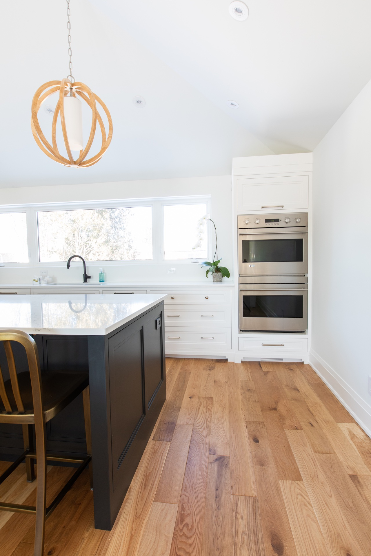oven in kitchen cabinets