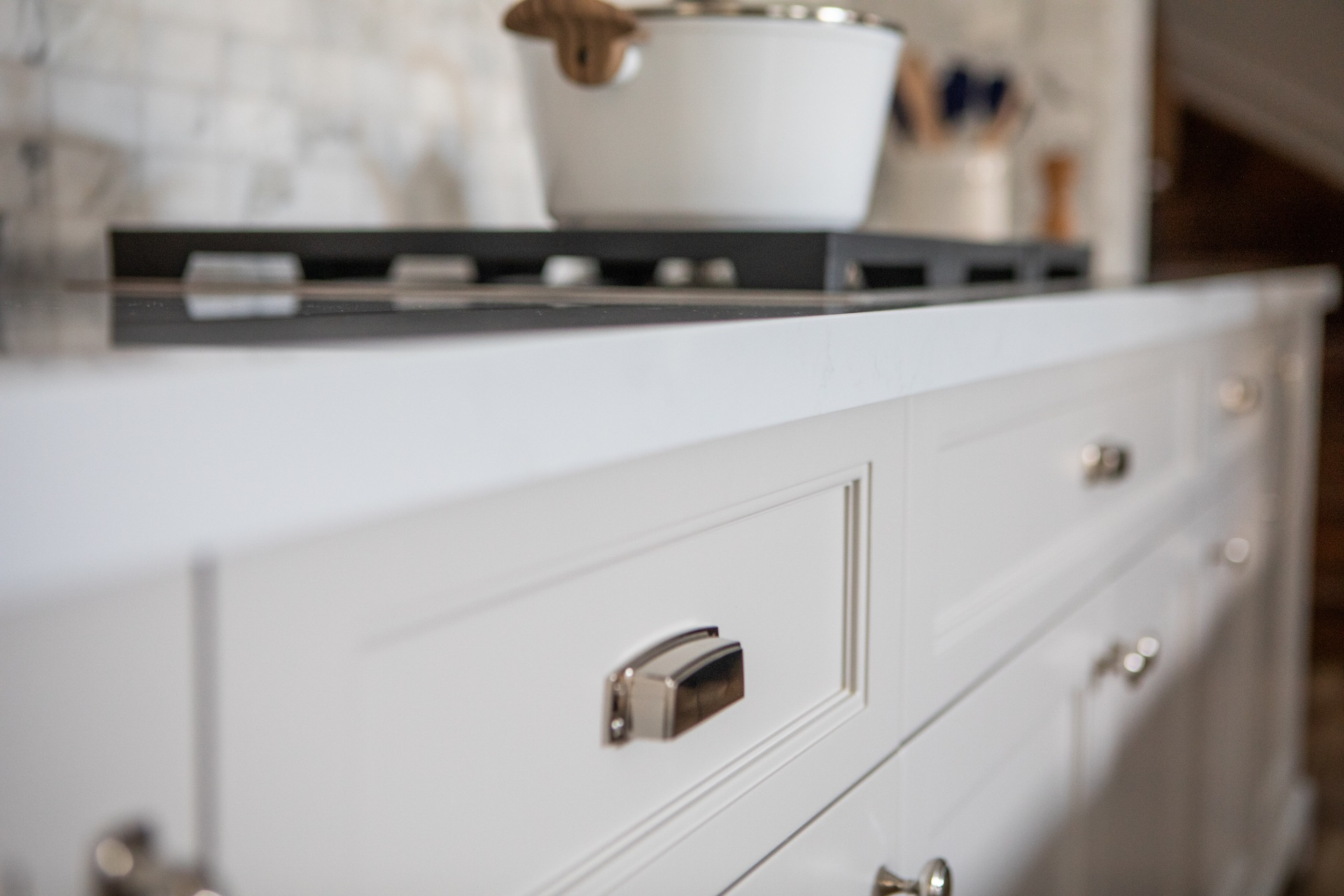 kitchen drawers with silver handles