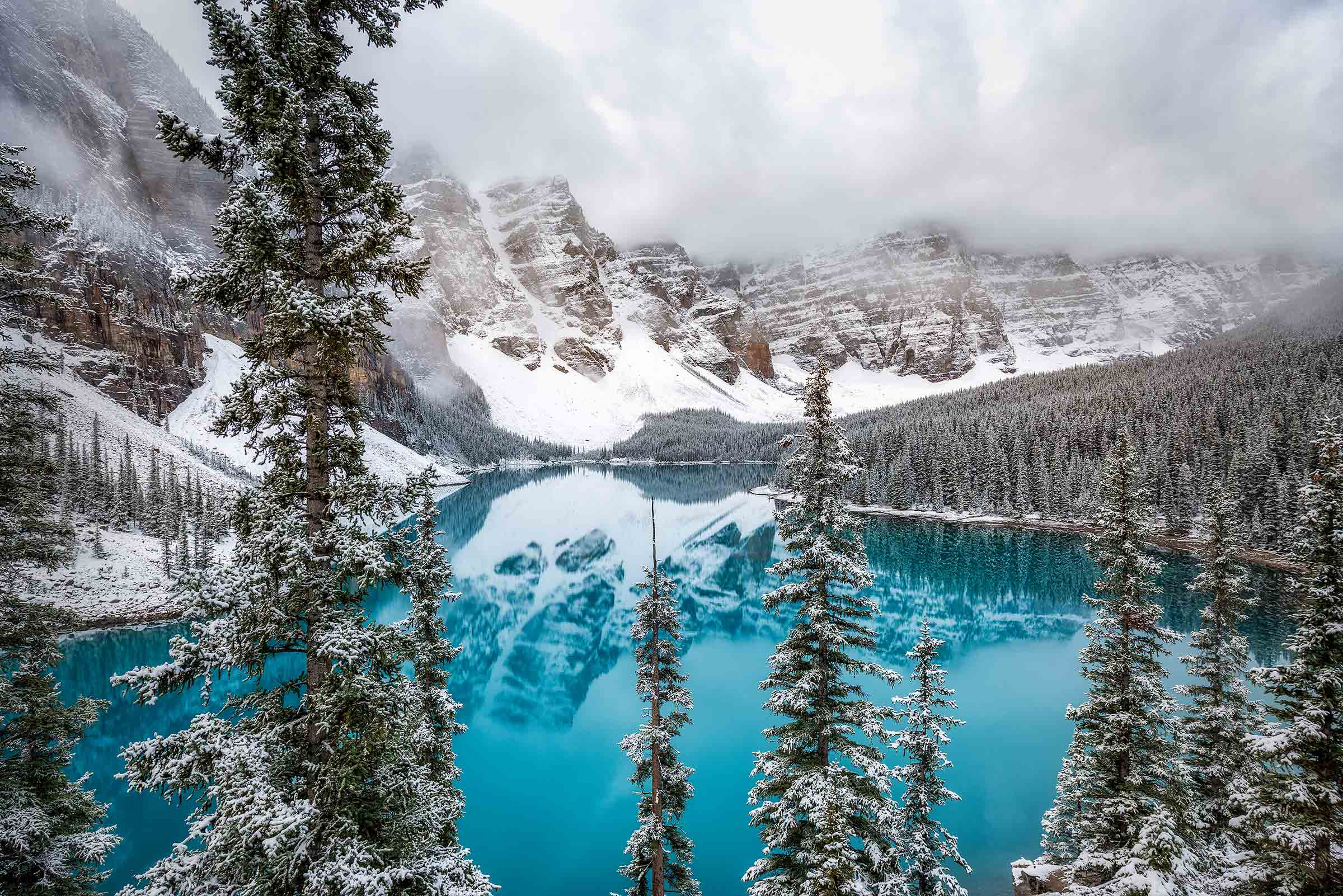 Majestic view of Moraine Lake in the Valley of the Ten Peaks