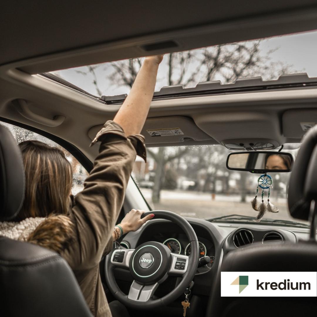Da bezbedno i brzo stignete na odredište – auto krediti Krediuma