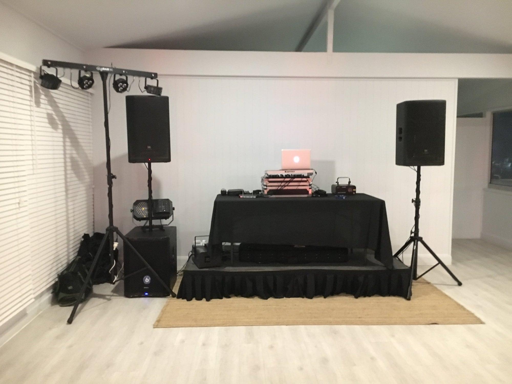 Pier 33 Mooloolaba DJ Setup
