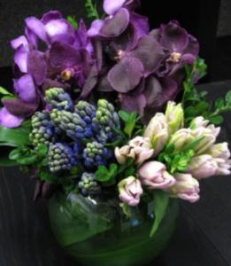 The Best Flower Arrangements for June- Purple Tulips