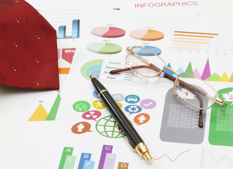 infographics and pen