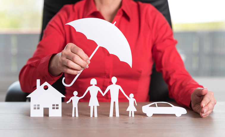 Insurance image that protects home and family