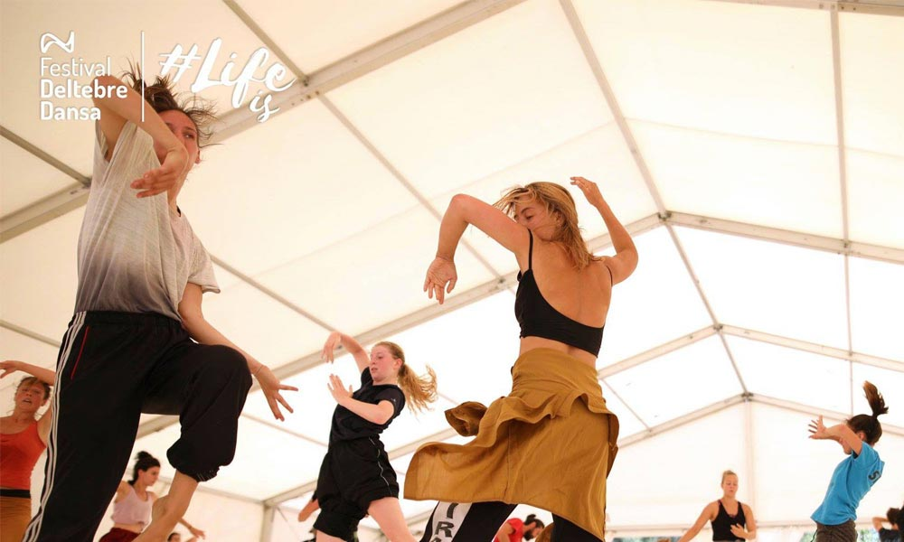 Anna Kempin captured improvising contemporary dance movements while jumping