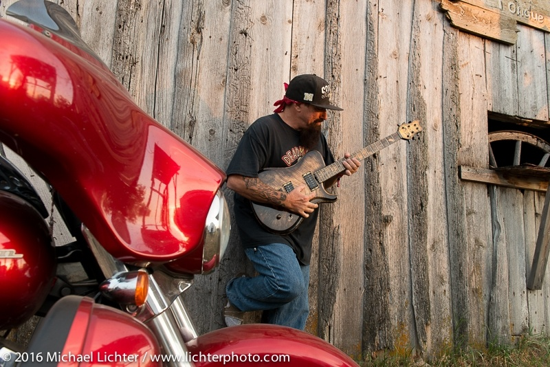 Motorcycles, Photography, Michael Lichter, Charlie Brechtel, buffalo chip, motorcycles, motorcycling, guitarists, guitars