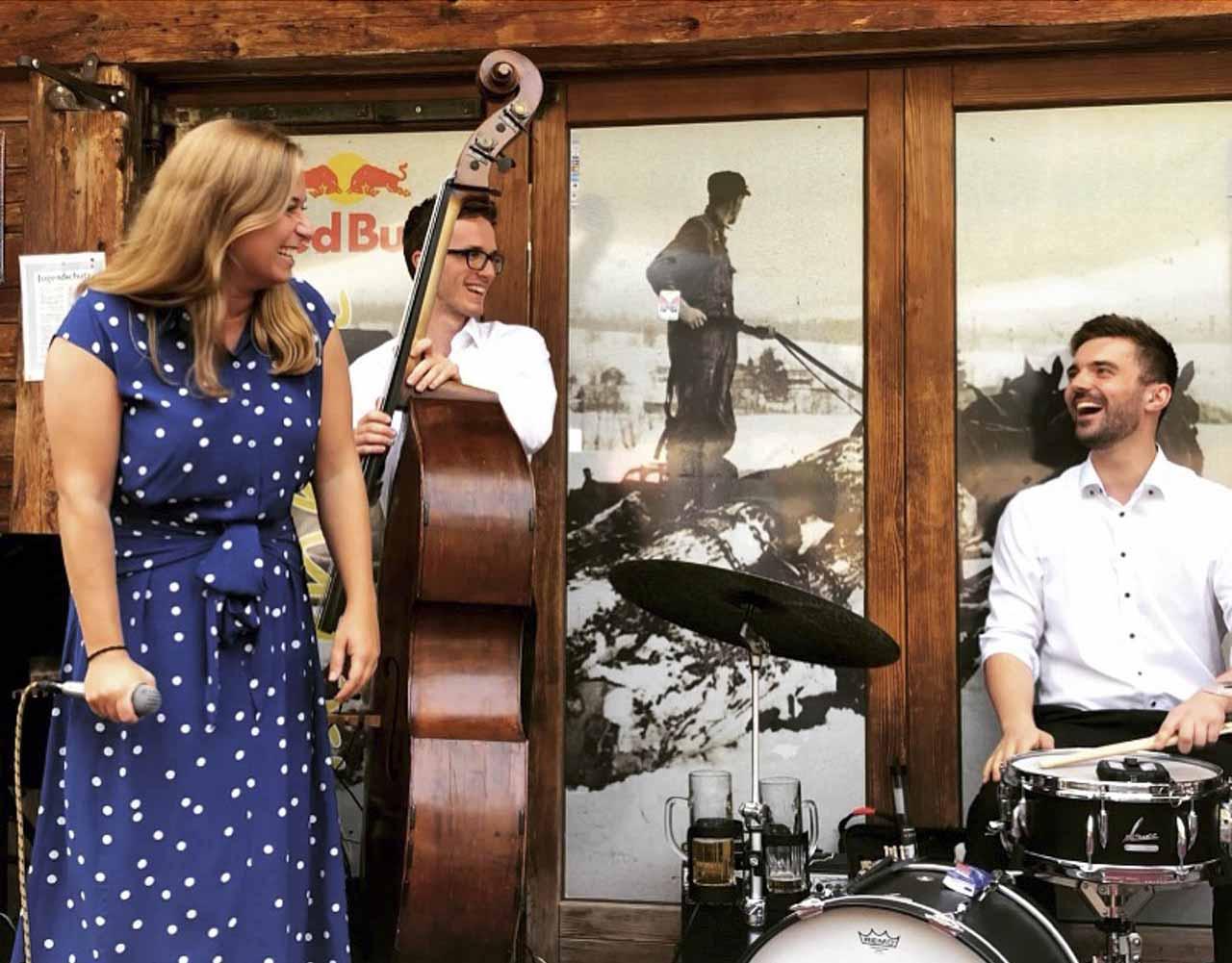 Band für Hochzeit, Bolandi Trio, live auf einer Hüttenhochzeit 2019