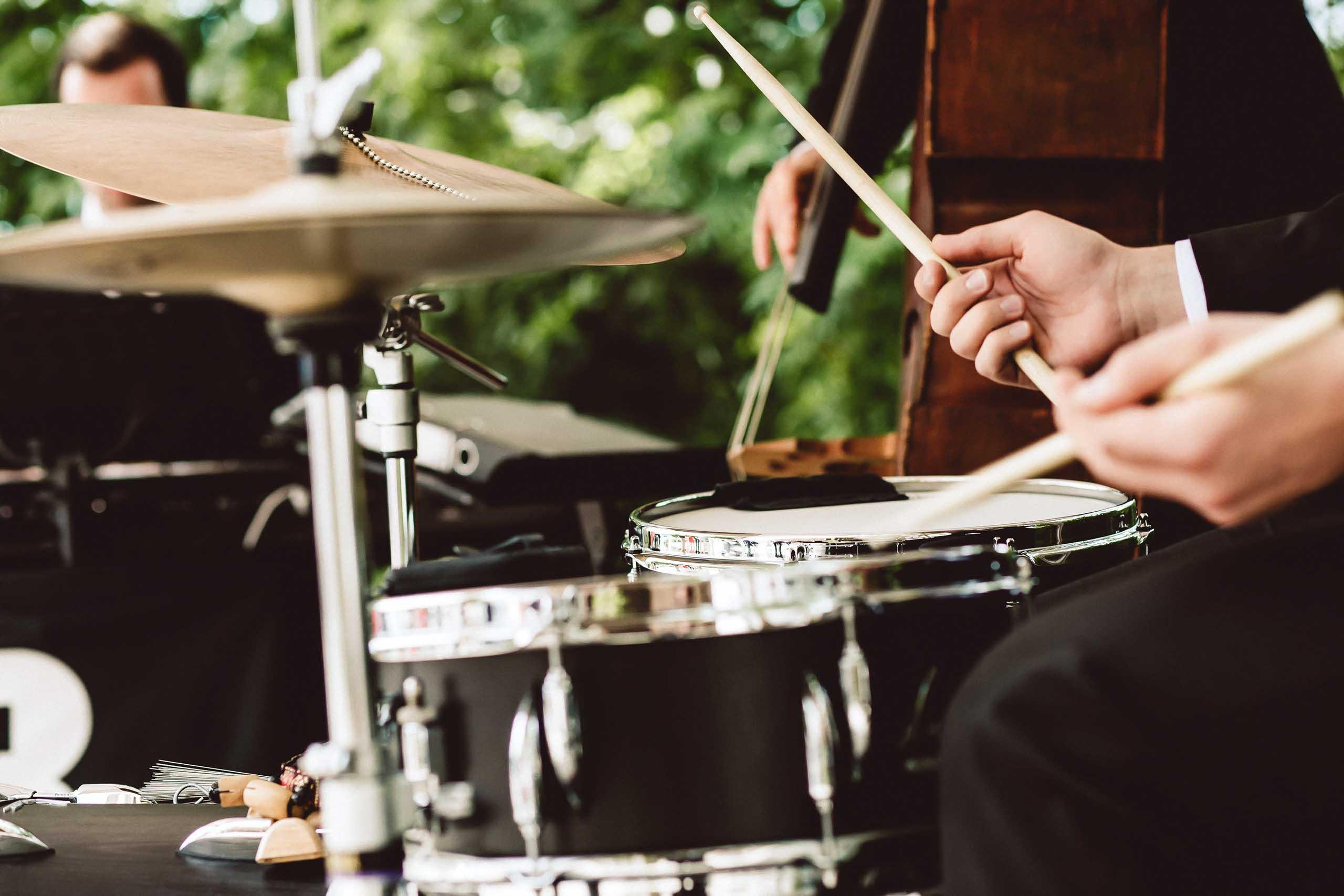 Band für Hochzeit, Bolandi Trio, live auf einer Hochzeit bei München, Sommer 2019