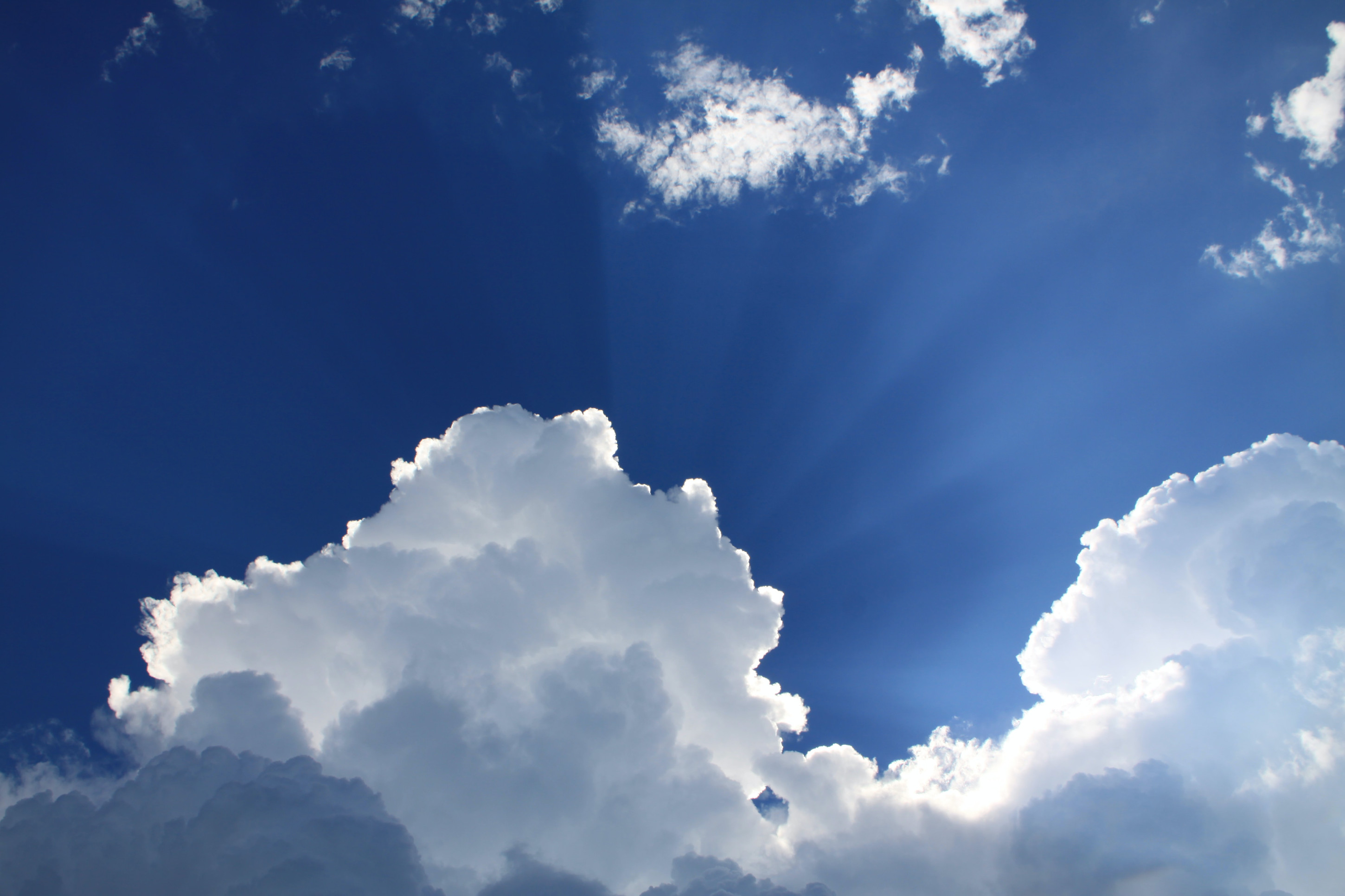 An image of some clouds on a blue sky representing the ResNet Cloud Initiatives