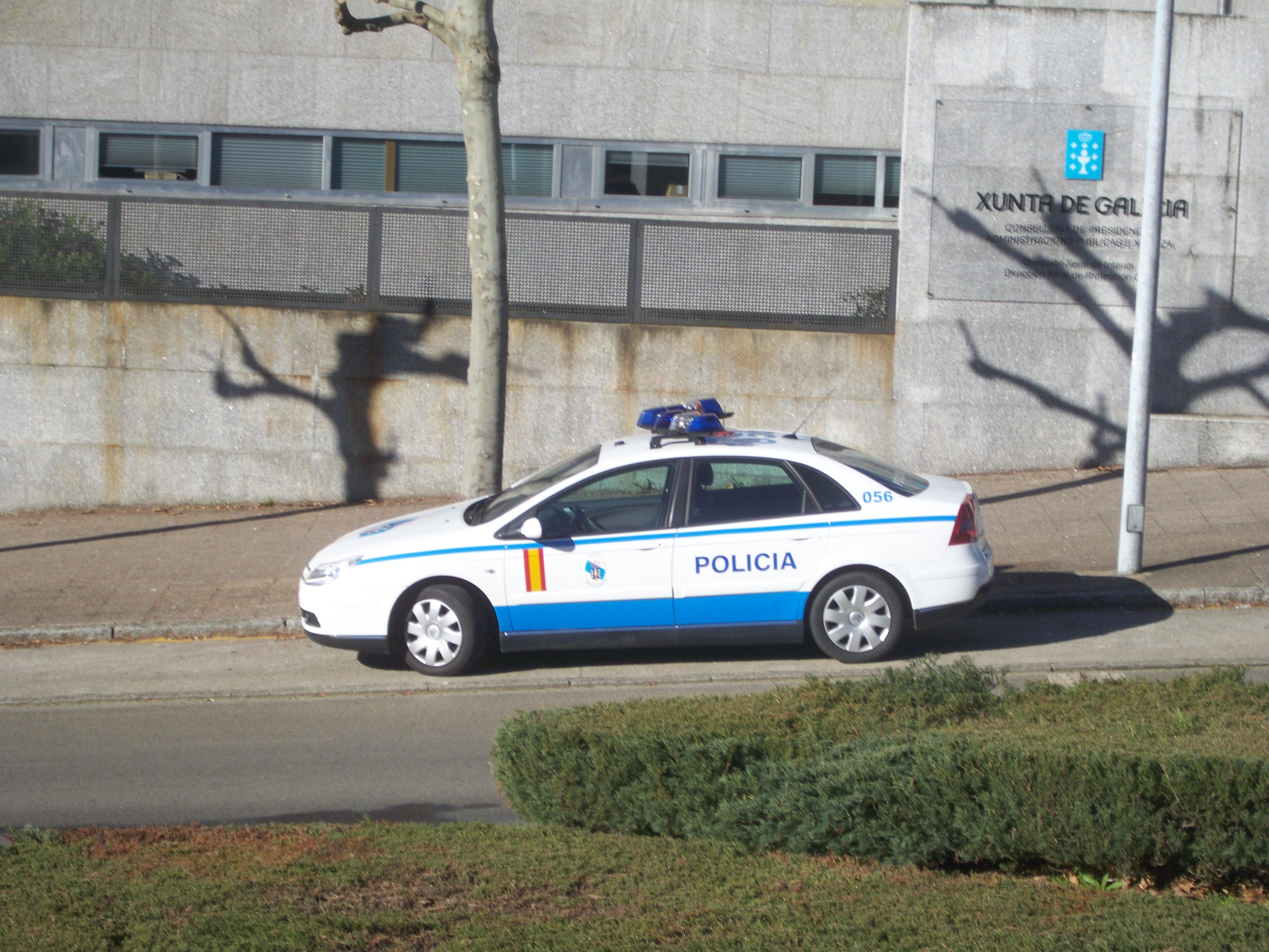 Vehículo Policía Autonómica Galega.JPG, Mariam Mola Catch Her If You Can