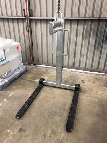 Crane Pallet Hook