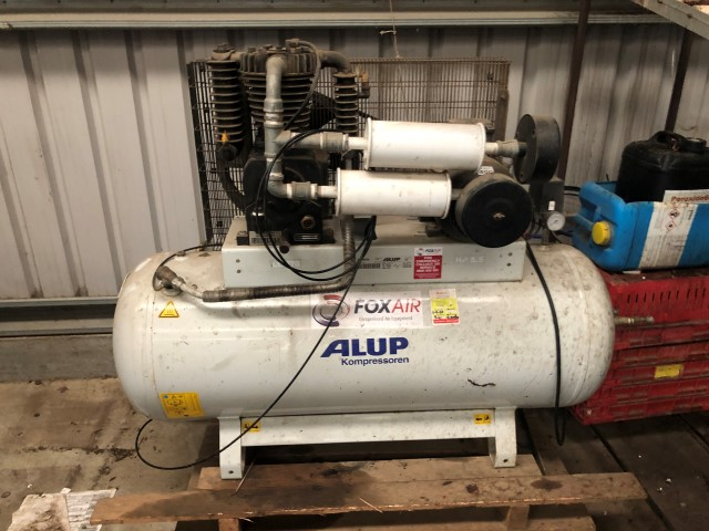 Compressor w/ Dryer