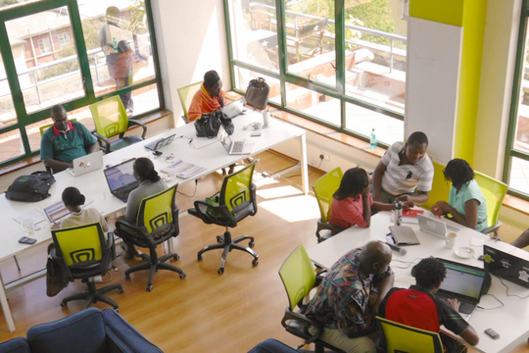 #69 アフリカのデジタルリテラシーに取り組む、Ustackyの革新的なEdTechアプローチ