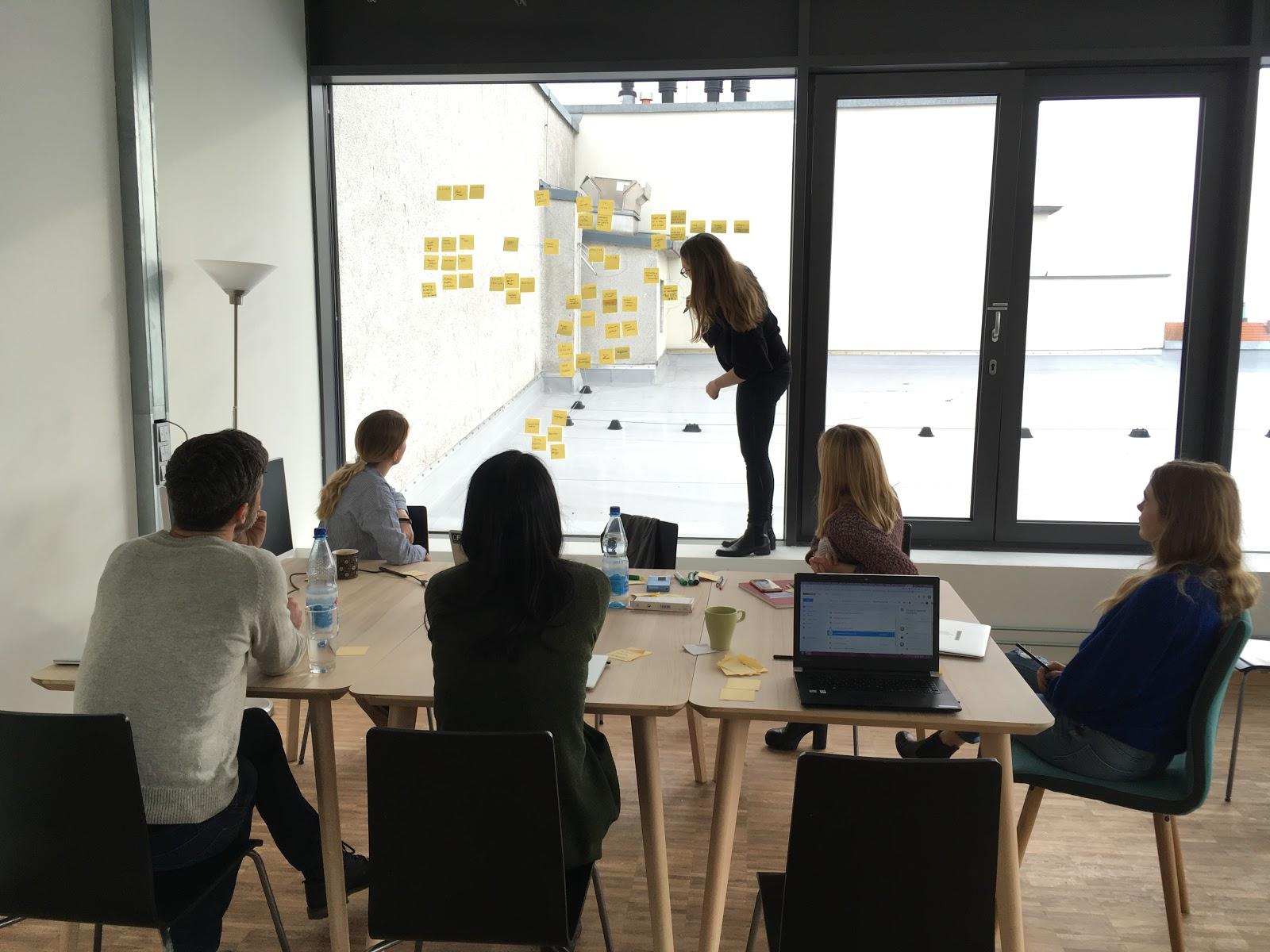 Dee Scarano running a workshop