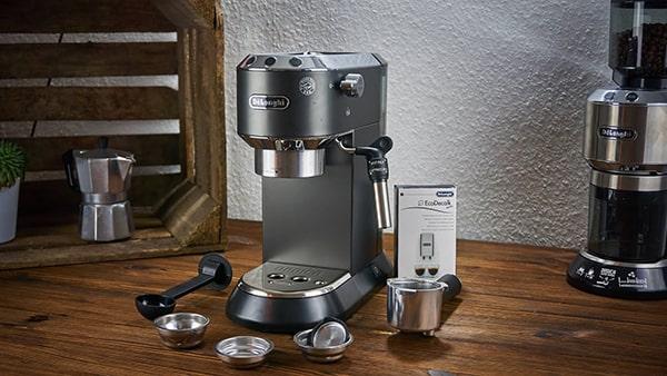Máy pha cà phê hãng Delonghi