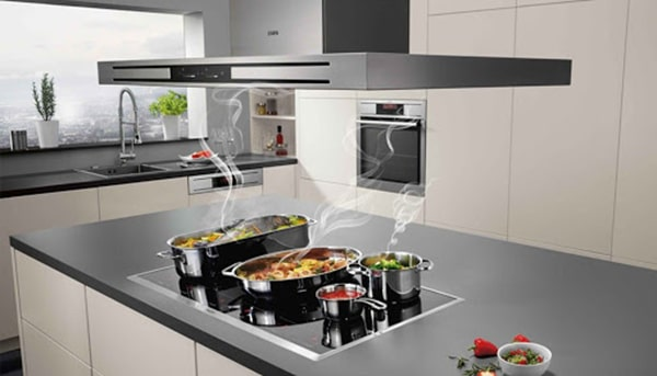 Máy hút mùi tô điểm cho gian bếp hiện đại