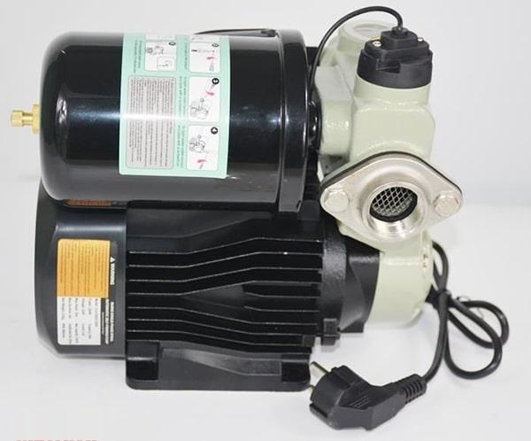 Máy bơm nước tăng áp tự động JLM 60-200A