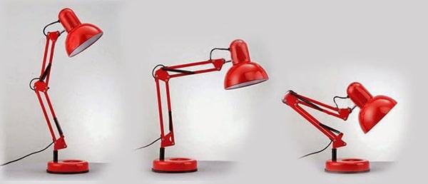 Lưu ý loại ánh sáng đèn bàn
