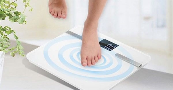 Lưu ý trọng lượng cơ thể để chọn cân cho phù hợp