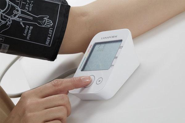 Lanaform máy đo huyết áp bắp tay ABPM-100 lưu được kết quả 7 ngày