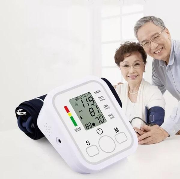 Bất cứ ai cũng có thể sử dụng máy đo huyết áp