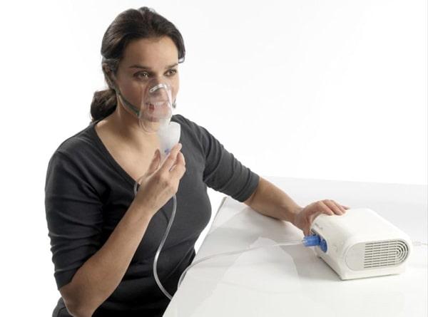 Máy xông mũi dành cho những người có bệnh liên quan đến đường hô hấp