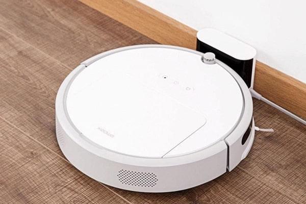 Robot có kích cỡ nhỏ thì càng thuận tiện di chuyển và làm sạch toàn diện