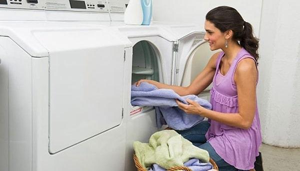 Nên chọn mua tủ sấy quần áo nào tốt ?