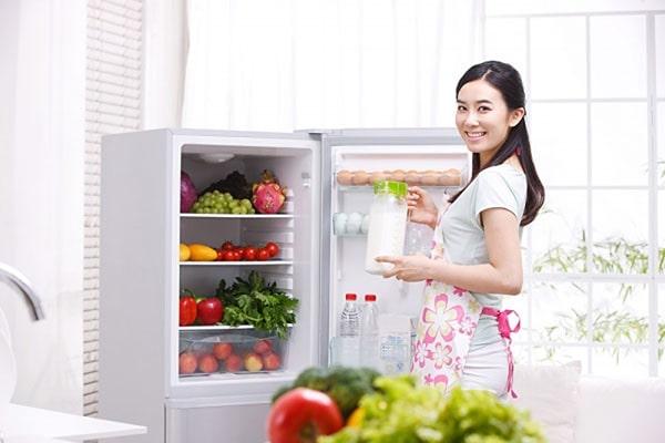 Chọn tủ lạnh có khả năng tiết kiệm điện