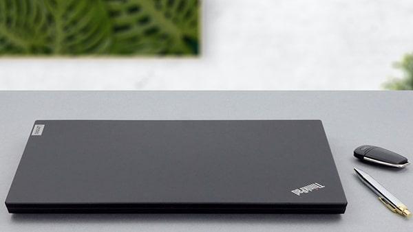 Lenovo - Dòng ThinkPad cho dân văn phòng