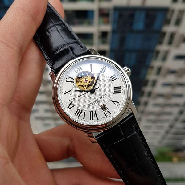 Đồng hồ Frederique ConstantPersuasion Heart Beat FC-315M4P6 có giá tham khảo là 45.660.000 VNĐ
