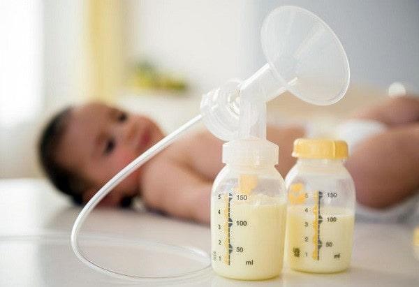 Bổ sung sữa non cho con yêu thêm khỏe mạnh