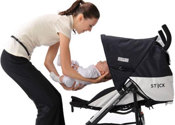 Hướng dẫn sử dụng xe đẩy em bé an toàn hiệu quả