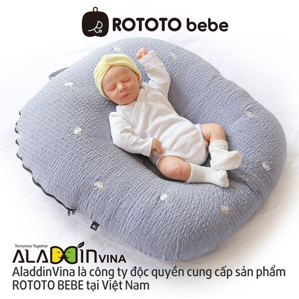 Gối chữ c cho bé Rototo Bebe