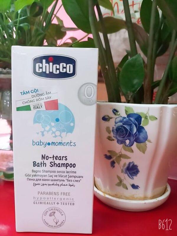 Sữa tắm tạo bọt chiết xuất hoa cúc Chicco OM+