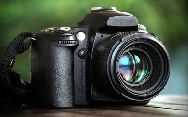 Mỗi máy ảnh DSLR sẽ có một thông số khác nhau