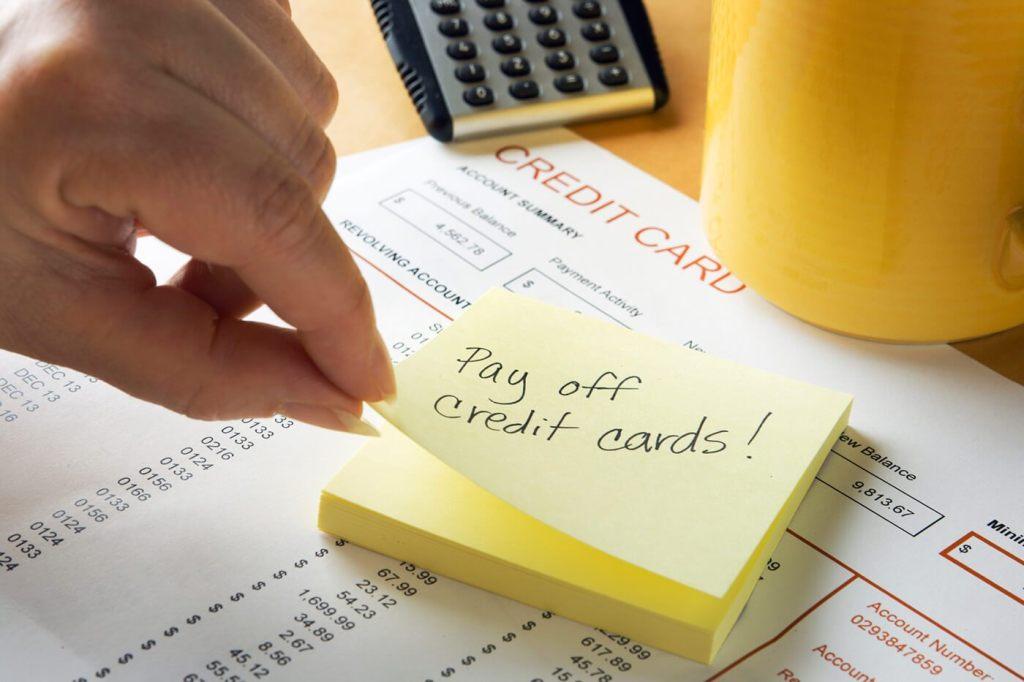 Dư nợ thẻ tín dụng là gì và cách nhận diện