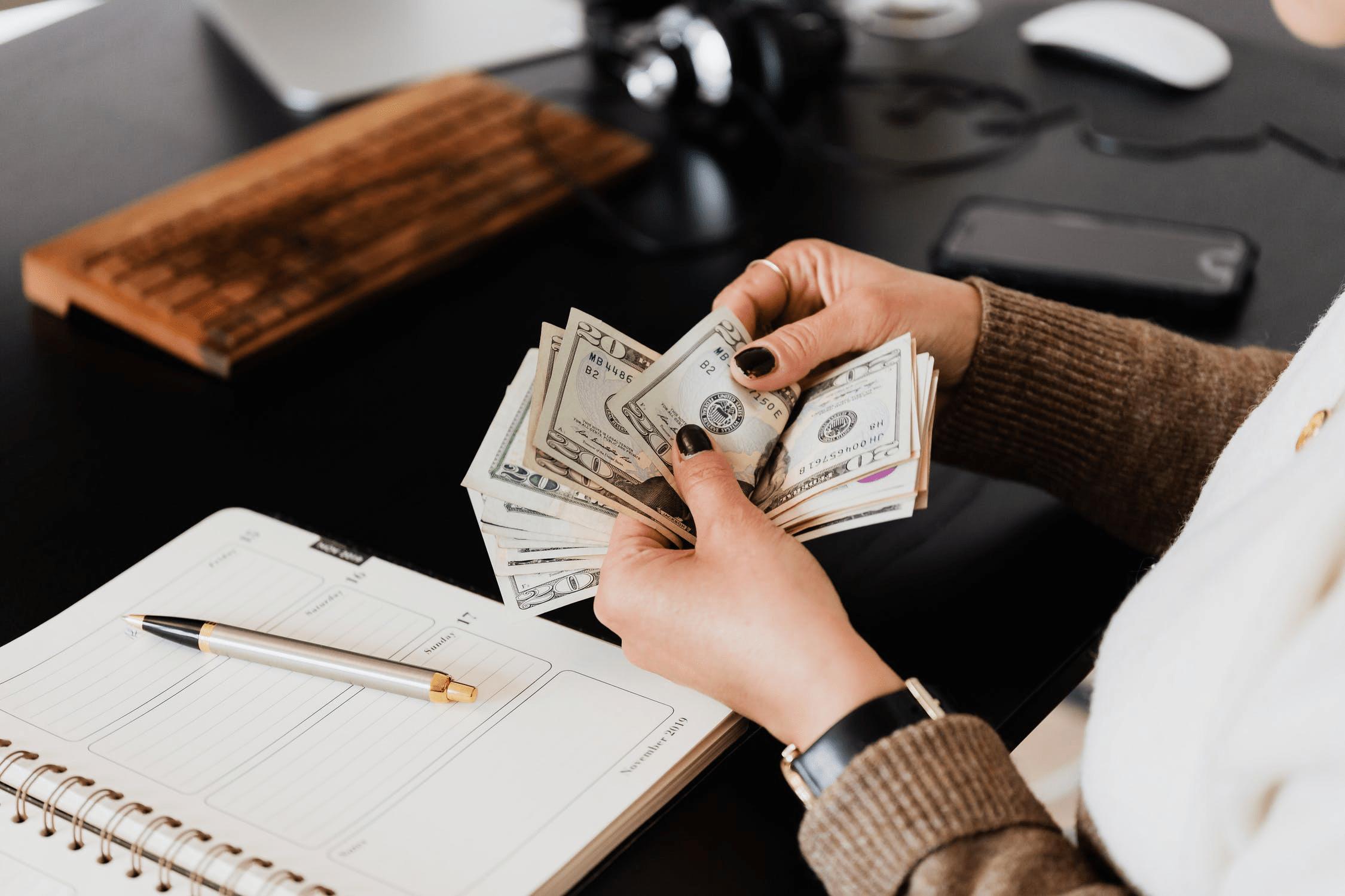 Hướng dẫn các cách chứng minh thu nhập