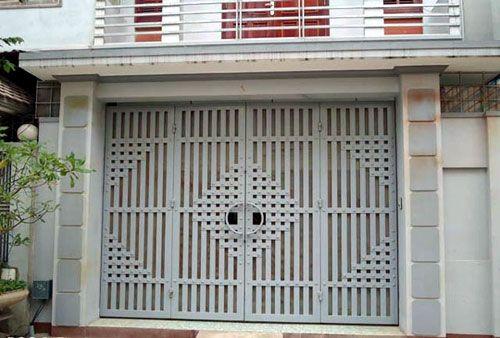 mẫu cửa sắt 4 cánh sơn tĩnh điện