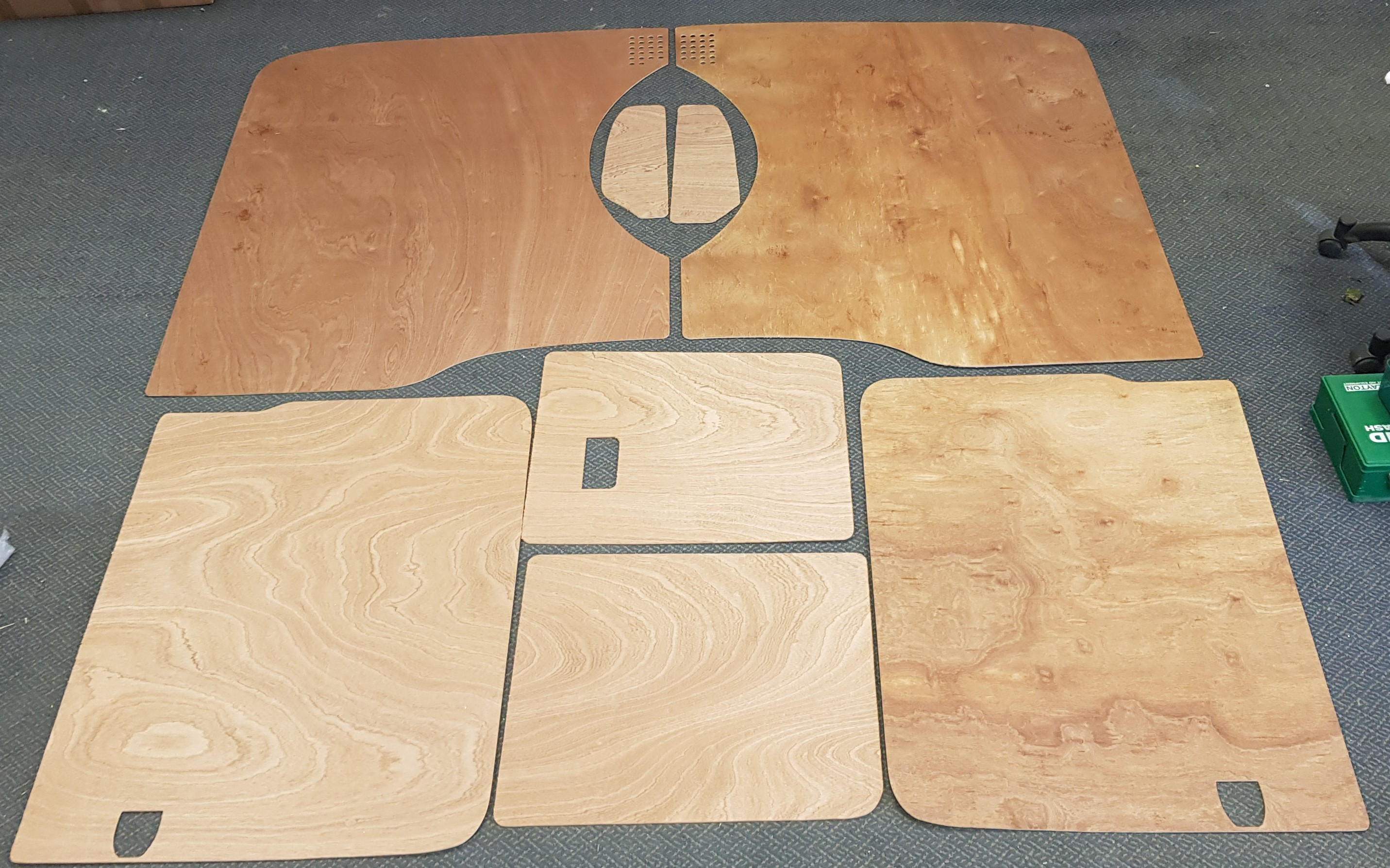 LWB T5 & T6 Plywood kit - Barndoor