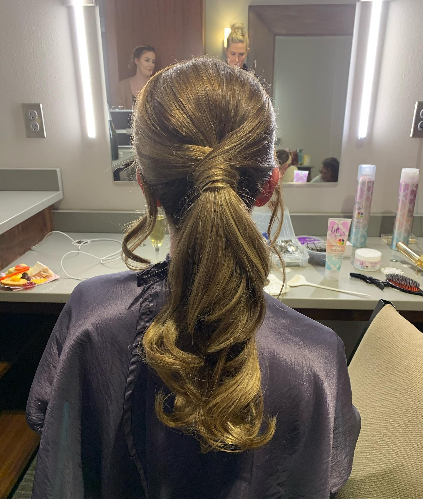 woman's haircut at studio tru hair salon